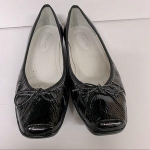 Geox black patent ballet flats